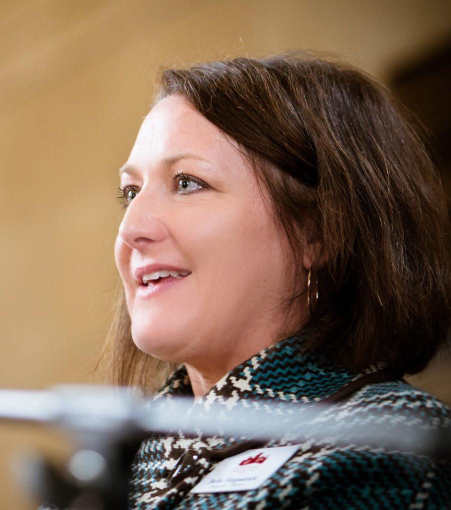 Julie Fitzpatrick Profile Photo